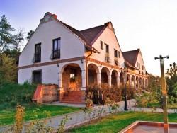 Erdőspuszta Club Hotel - ARBO Vendégház Debrecen