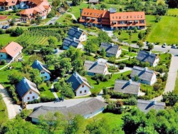 Kolping Hotel Spa & Family Resort - Bioházak Alsópáhok